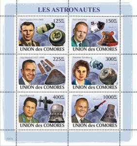COMORES 2008 SHEET COSMONAUTS ASTRONAUTS SPACE GAGARIN ARMSTRONG cm8203a