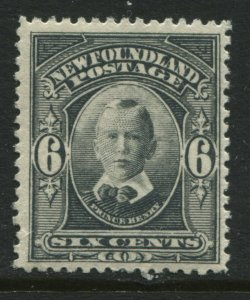 Newfoundland 1911 Royal Family 6 cents mint o.g. hinged