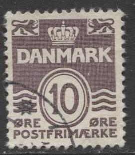 Denmark - Scott 229 - Definitive Issue -1937 - Used - Single 10o Stamp