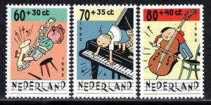 Netherlands Scott # B668 - B670, mint nh