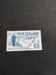 New Zealand #351 Used F+ Cat. $3.50 1960 10SH Tasman Glacier