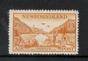Newfoundland #C17 Mint Fine+ Lightly Hinged