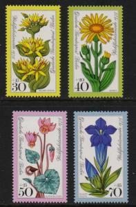 Germany Berlin 1975 MNH alpine flowers complete