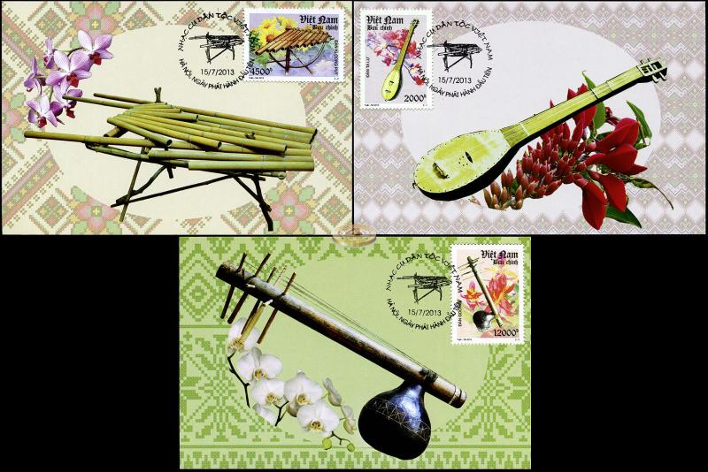 Vietnam. 2013. Traditional Musical Instruments  (Maxi Cards Set, M)