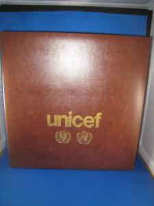 UNICEF 1980 FLAG SERIES FDC ALBUM WITH FDCs & 5 FULL PANES  MNH    (brig)