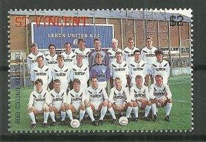 1987 St. Vincent #1053 Leeds United Soccer Team MNH
