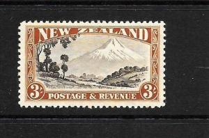 NEW ZEALAND  1935-42 3/-  PICTORIAL  MLH  P12 1/2   CP L14e