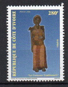 IVORY COAST - 1998 - TRADITIONAL COSTUMES -