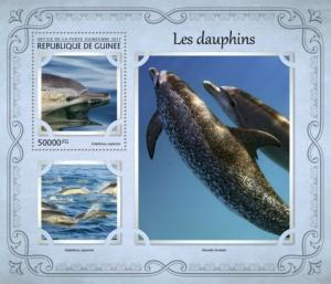 Guinea - 2017 Dolphins on Stamps - Stamp Souvenir Sheet - GU17123b