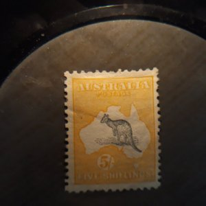 aussie 12  1913 5 sh  FvF mint w/ hvy hinge rem