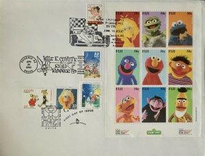 HNLP Hideaki Nakano 3189 Big Bird on Stamp Show 2000 Sesame Street FIJI Sheet