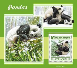 Mozambique MNH S/S Panda Bears 2015