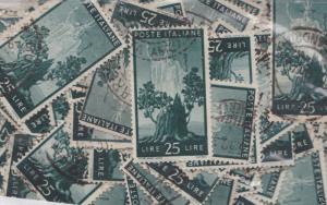 Italy Repubblica 25 Lire Democratica +120 used stamps