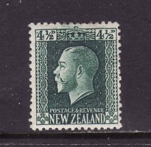 New Zealand-Sc#152-unused hinge remnant 4&1/2p dk grn KGV-1915-22-