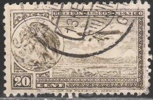 MEXICO C13, 20¢ EARLY AIR MAIL, COAT OF ARMS AND PLANE. USED. VF. (1189)