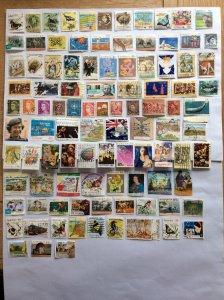 Australia 100 stamps - Lot A