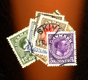 Denmark #101 107 115 117 125 127 134 USED F-VF Cat $54
