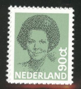Netherlands Scott 623 MNH** 90c Queen Beatrix stamp