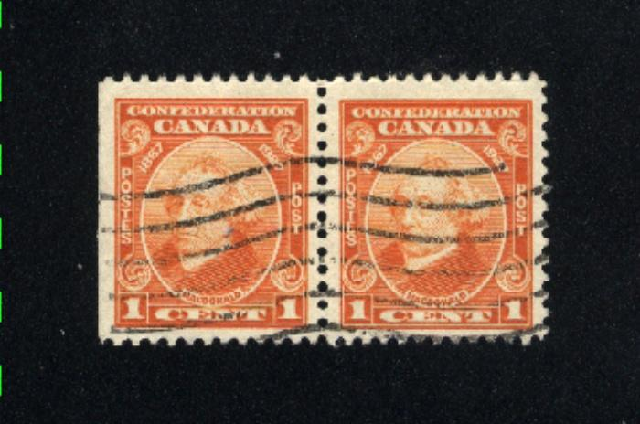 Canada #141  pair  used     PD