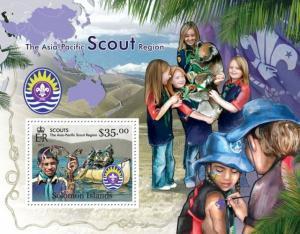 SOLOMON ISLANDS 2013 SHEET SCOUTS slm13116b