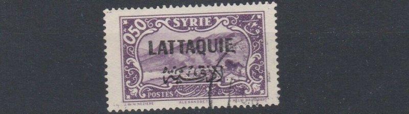 LATTAQUIE   1931 - 33    S G  70   0P 50  VIOLET   USED