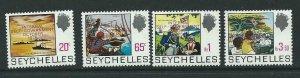 SEYCHELLES SG338/41 1975 SELF-GOVERNMENT MNH
