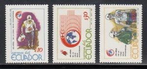 Ecuador MNH 120-2 Red Cross Red Crescent 1989