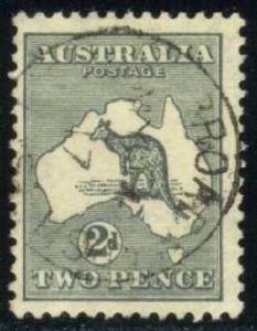 Australia #38 Kangaroo and Map, used (17.00)