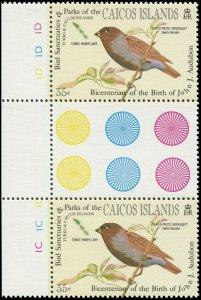 Turks & Caicos Islands 1985 Sc 61 Gutter Pair Birds Grassquit