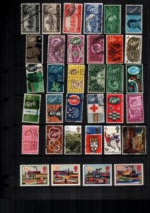 Great Britain  34  diff  used and mint   lot collection