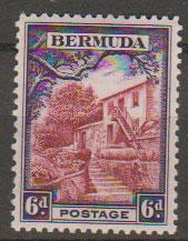 Bermuda SG 104  Mint Very Light Hinge