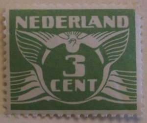 Netherlands 145 MNH Cat $50.00