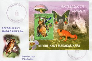 Madagascar 1999 Sc#1416g BAT (Rousette geante) Butterfly S/S PERFORATED FDC