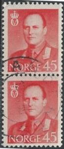 Norway 363 (used pair) 45ø King Olav V