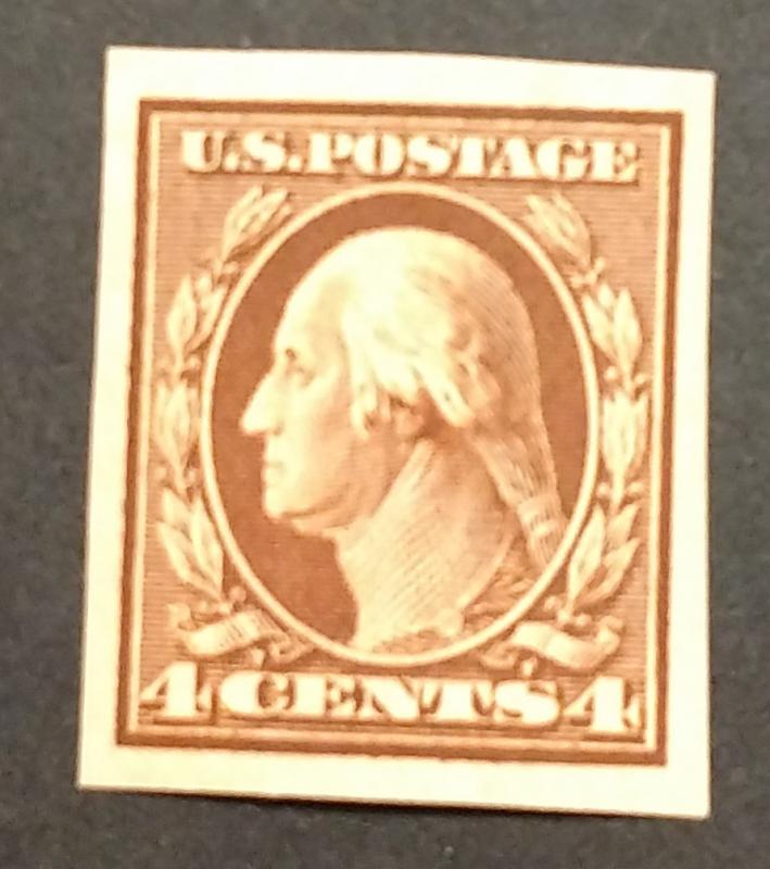 346 MLH, Bright stamp, Nice Margins, Imperf, CV $65