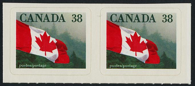 Canada 1191 pair MNH Flag over Forest