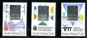 FINLAND 886-8 MNH S/S SCV $4.85 BIN $2.50