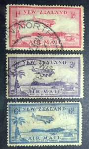 NEW ZEALAND 1935 SC# 570-572 Set x 3 Bell Block Aerodrome USED HINGED
