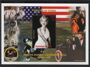 Niger 1999 MARILYN MONROE & JF.Kennedy Apollo 11 Space s/s Perforated Mint (NH)