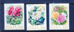 Italy MNH 1510-2 Flowers