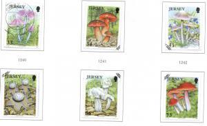 Jersey Sc 1183-8 2005 Mushrooms stamp set used
