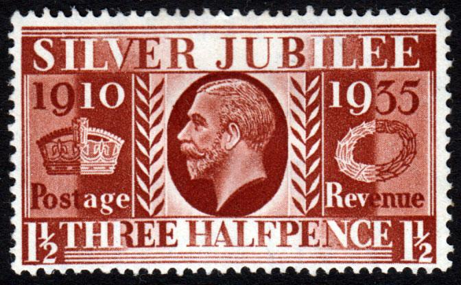 GB KGV 1935 Jubilee 1.5d Red-Brown SG455 Mint Hinged