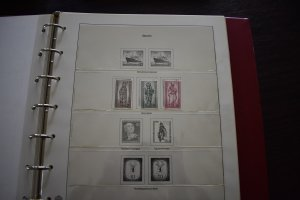 GERMANY BERLIN MNH COLLECTION 1956-1990 IN KRONEN HINGELESS ALBUMS 70 SCANS