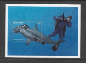 FISH - GRENADA #2650  HAMMERHEAD SHARK  MNH