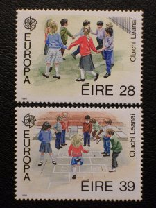 Ireland Scott #744-745 mnh