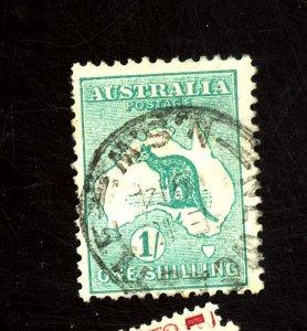 AUSTRALIA #10 USED F-VF HR Cat $29