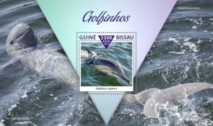 GUINEA BISSAU - 2019 - Dolphins - Perf Souv Sheet - M N H