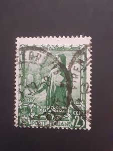 *Italy #402          Used