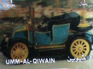 UMM AL QIWAIN STAMP-COLORFUL 3D STAMP-OLD CLASSIC CAR MINT STAMP- VERY FINE