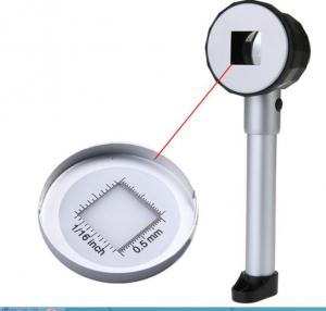 LED STAMP MAGNIFIER WITH MEASURING GRID AND CASE - LIGHTED